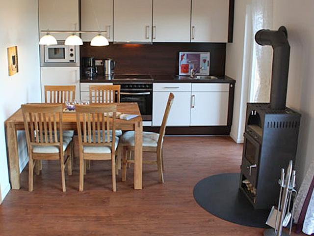 ostseeblick hof gr nberg. Black Bedroom Furniture Sets. Home Design Ideas